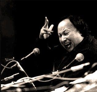 Nusrat_Fateh_Ali_Khan_03_1987_Royal_Albert_Hall.jpg